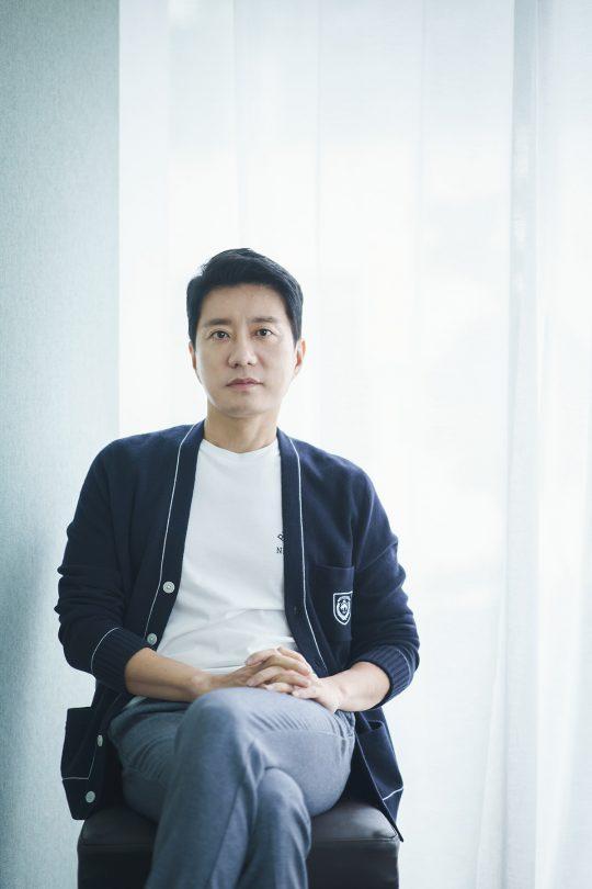 영화 '장사리: 잊혀진 영웅들'에서 이명준 대위 역으로 열연한 배우 김명민. /사진제공=워너브러더스 코리아