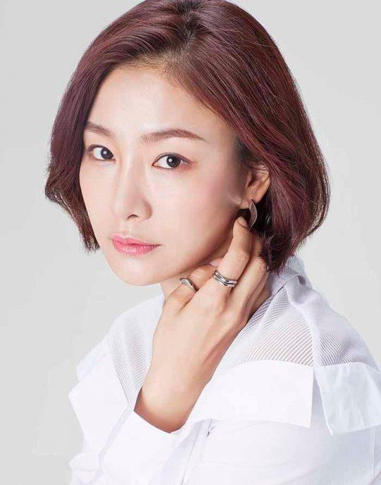 SBS 새 드라마 '낭만닥터 김사부2'에 출연하는 배우 박효주. /사진제공=밀키웨이