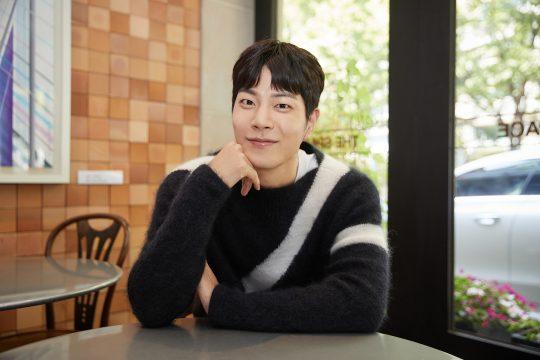"""홍종현은 또 다시 주말극을 할 의향이 있는지 묻자 """"한태주와 다른 역할이라면 욕심날 것 같다""""고 대답했다. / 사진제공=씨제스엔터테인먼트"""