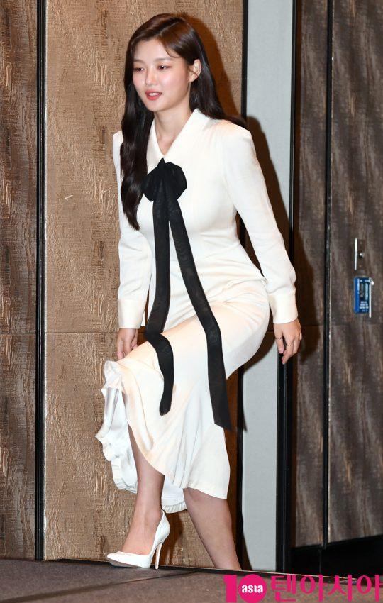 [TEN PHOTO]김유정 '몸매 드러낸 밀착드레스'