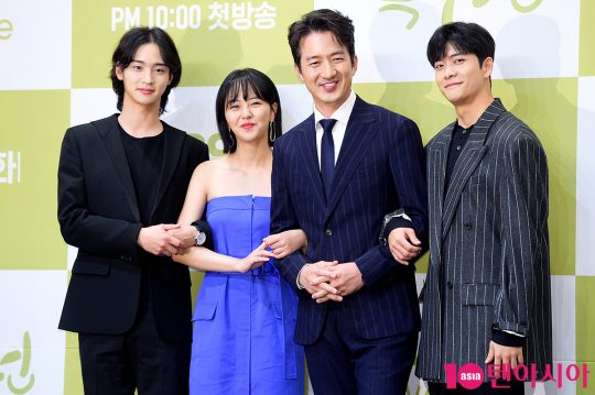 배우 장동윤(왼쪽부터), 김소현, 정준호, 강태오