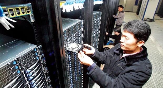 KT 천안 클라우드 데이터 센터.