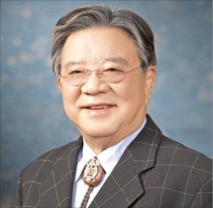 """안유수 에이스침대 회장 """"배고픔 달래는 게 먼저""""…21년간 22억 쌀 기부"""