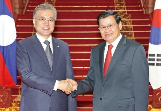 라오스 총리와 회담