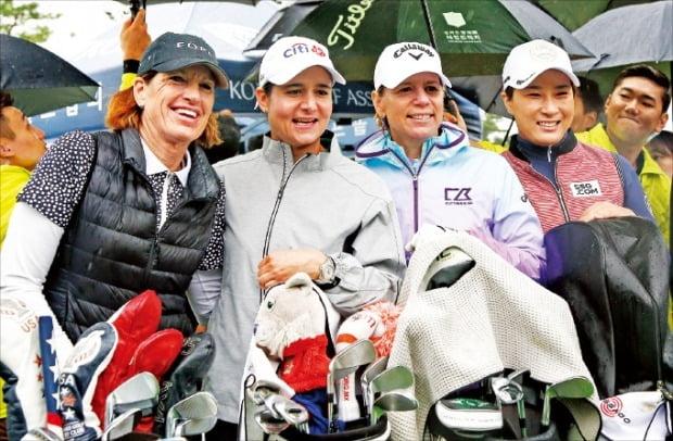 女 골프 전설들 '시타'