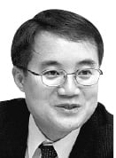 [한상춘의 국제경제읽기] '김삿갓 논쟁'…돈과 조국, 어느 것이 더 아름답나