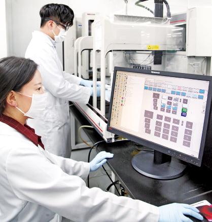 JW중외제약, 기술수출 대박 비결은 '주얼리'