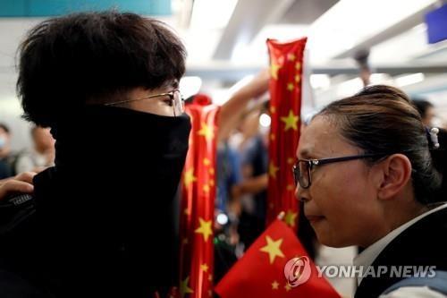 """추석에도 홍콩 민주화 시위 계속...""""15일 시위가 분수령"""""""