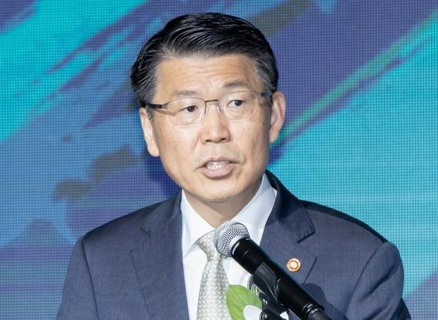 은성수 금융위원장. (사진 연합뉴스)