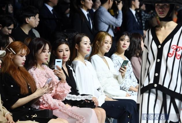 [포토] 패션쇼에 빠진 스타들 (2020 S/S 서울패션위크)