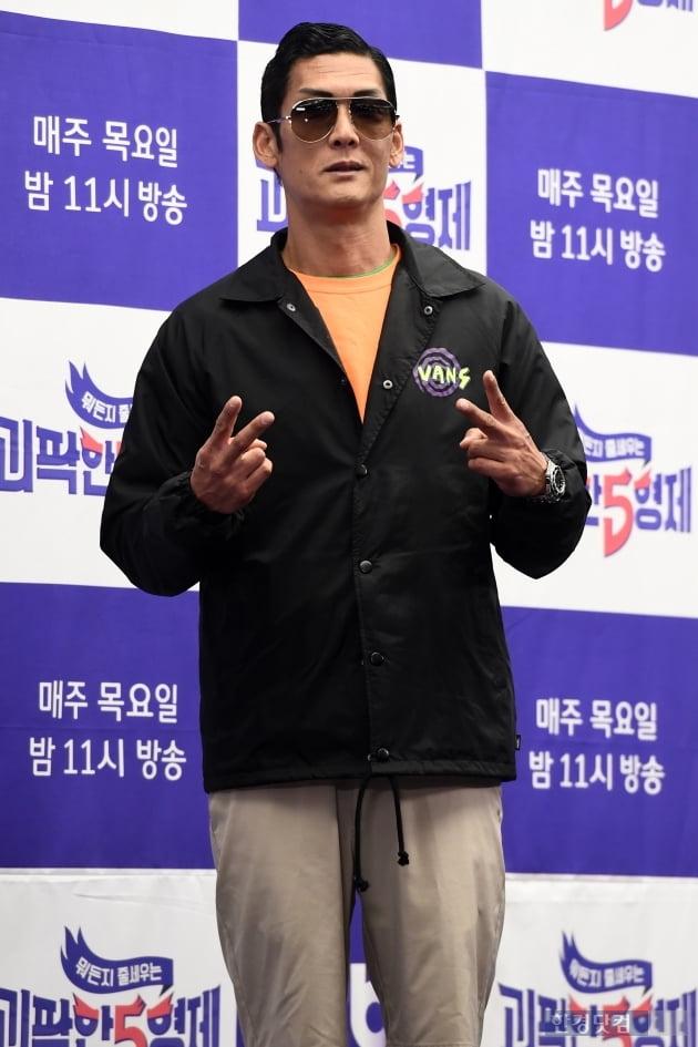 [포토] 박준형, '멋지게 브이~'