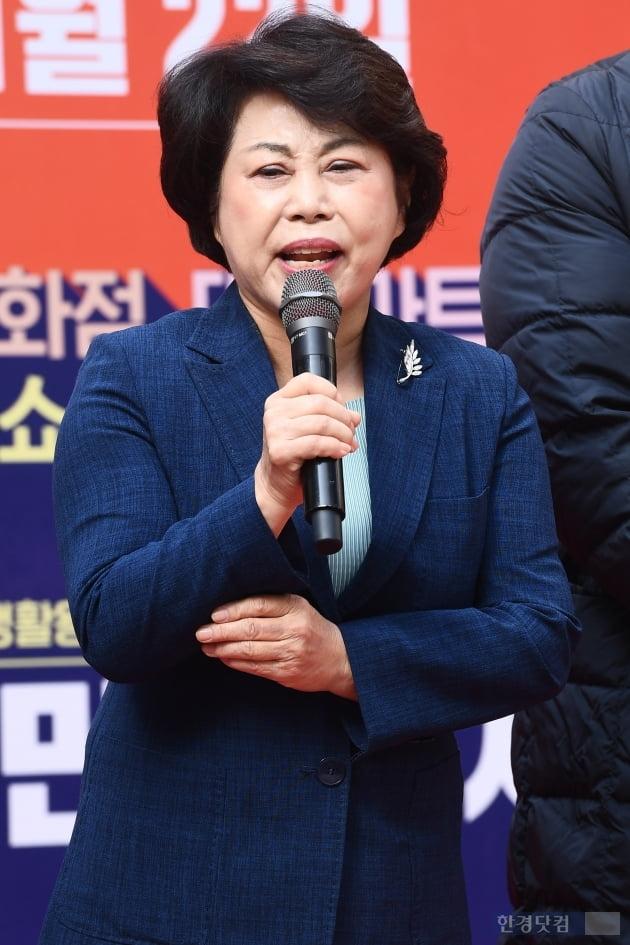 [포토] 인사말하는 김연화 코리아세일페스타 추진위원장