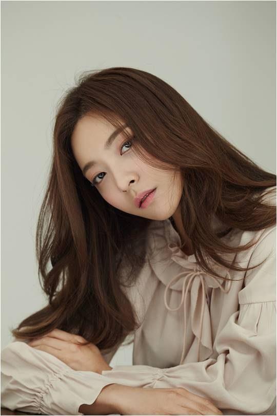 가수 겸 뮤지컬 배우 루나. / 제공=휴맵컨텐츠