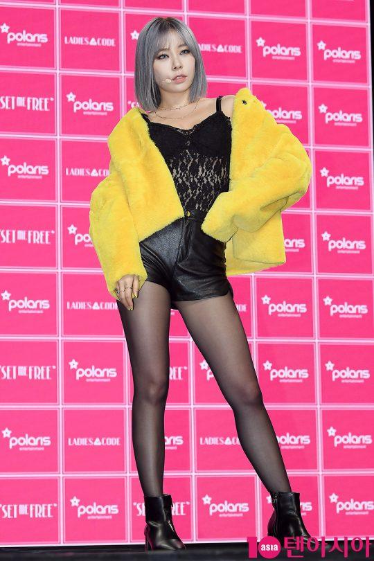 그룹 레이디스코드의 애슐리가 가 10일 오후 서울 서교동 하나투어 브이홀에서 열린 새 미니앨범 '코드#03 셋 미 프리(CODE#03 SET ME FREE)' 발매 기념 쇼케이스에 참석했다. / 이승현 기자 lsh87@