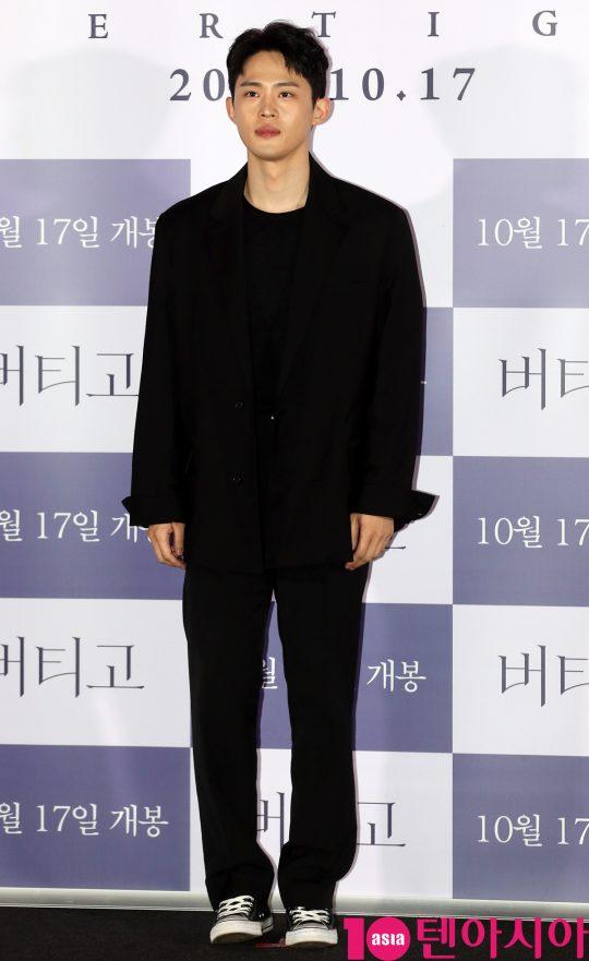 배우 정재광이 11일 오후 서울 한강로3가 CGV 용산아이파크몰점에서 열린 영화 '버티고' 언론시사회에 참석하고 있다.