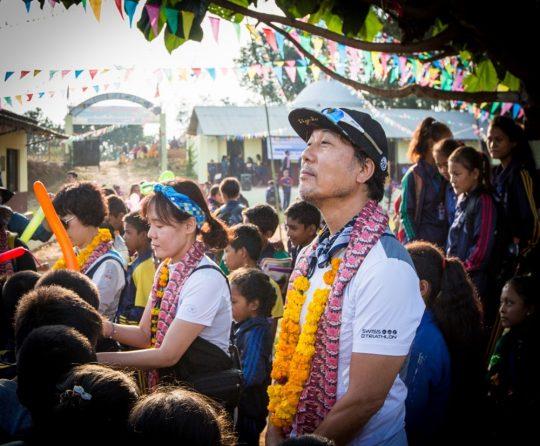 이문세, 네팔 봉사 활동 후 귀국…한국어 강좌 및 후원 약속