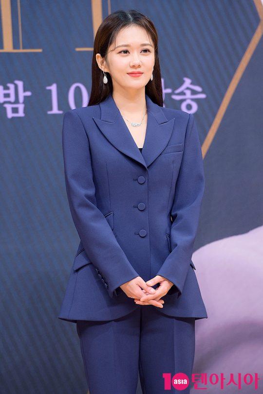 자신만 사랑할 것 같은 남편에게 여자가 있었다는 사실을 알게되는 나정선 역의 배우 장나라. /서예진 기자 yejin@