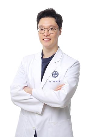 [2019 한국품질만족도 1위] 치아교정 중점 병원, 연세파미에