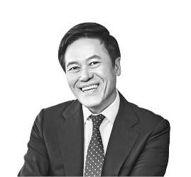 """박정호 SKT 사장 """"한국이 5G 리더 된 비결은 정부·기업의 적극적인 협력"""""""