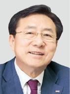 '개성공단 재개' 공들이는 김기문 중기중앙회장