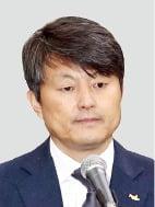 """유재수 """"조국 장관과는 알지 못하는 사이"""""""