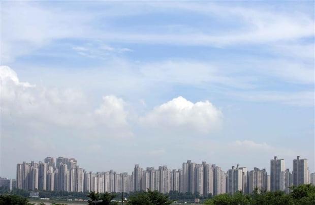 서울의 아파트들(자료 한경DB)