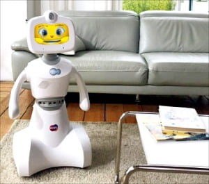 """한컴, 가정용 로봇시장 진출…""""외국어·SW 교육 가능"""""""