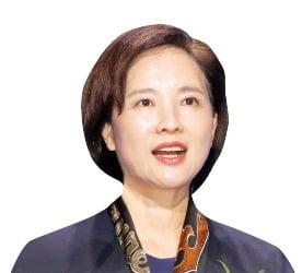 유은혜 교육부 장관 겸 부총리