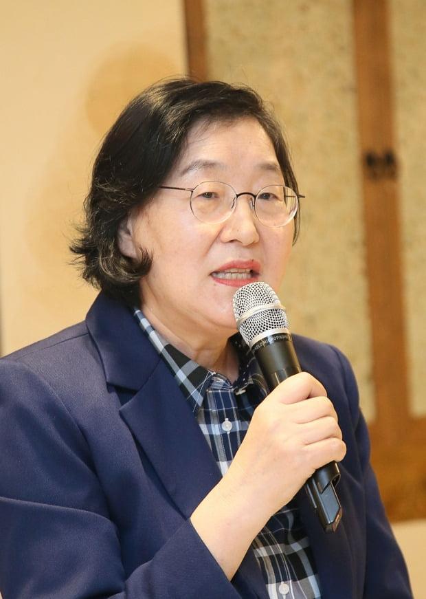 """이정옥 여성가족부 장관 """"일본군위안부 지원하는 '여성인권평화재단' 설립"""""""