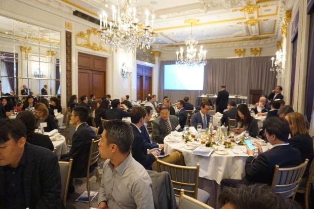 홍남기 경제부총리가 주최한 뉴욕의 한국경제 IR