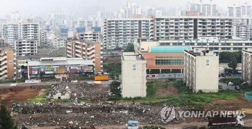 """강남 아파트 시장 """"일단 지켜보자"""" 관망…재건축은 분양 서둘러"""