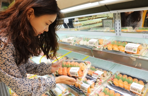 이마트 초밥, 초당 2.78개씩 팔려…연내 '1억개 고지' 넘본다