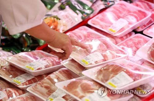 뚝뚝 떨어지는 돼지고깃값…소매가 100g당 1천900원대로 하락