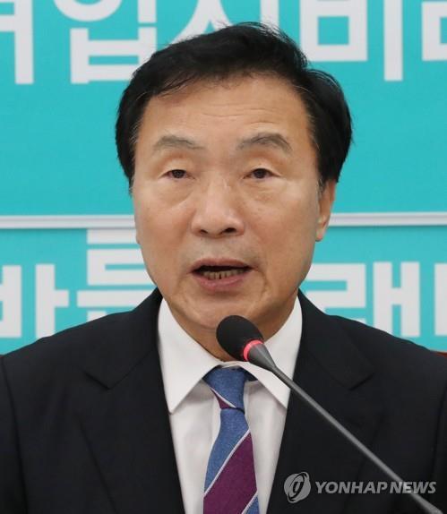"""""""孫 당비대납 의혹…정치자금법 위반"""" vs """"심부름 불과…헛발질"""""""