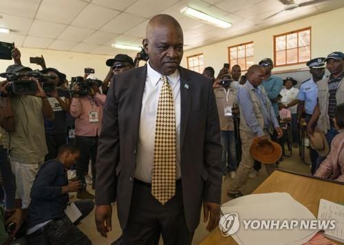 아프리카 보츠와나 총선서 집권당 승리…마시시 대통령 연임