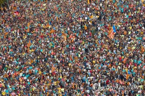바르셀로나 反스페인집회 50만 운집…성가족성당도 폐쇄(종합)