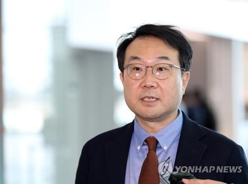 """방미 이도훈, 한미·한일·한미일 협의…""""대화 모멘텀 논의"""""""
