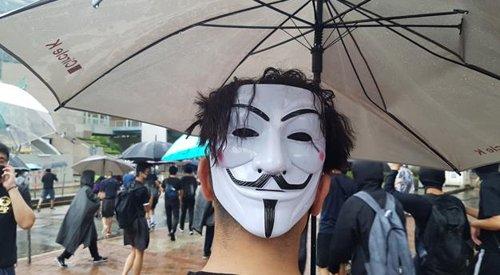 """""""민주주의 실종됐다""""…홍콩인 42% 이민 가길 원해"""