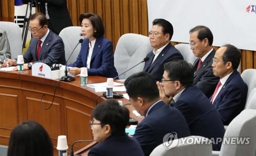 """여상규 국감발언 논란…與, 윤리위 제소 vs 한국당 """"재갈물리기""""(종합)"""