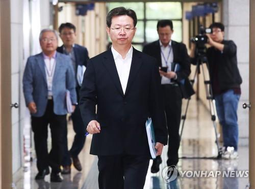 """경찰 """"이춘재, 8차사건 자백중 유의미한 부분 있어""""(종합)"""