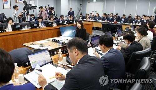 """복지위 연금개혁 책임공방…""""정부 무책임"""" vs """"국회가 물꼬터야""""(종합)"""