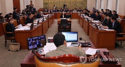 """문체위, '나경원 의혹' 공방…""""SOK 도가니"""" vs """"국감에 집중""""(종합)"""