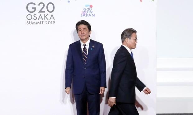 일본 아베 신조 총리, 문재인 대통령 /사진=연합뉴스