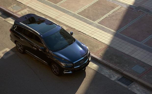 인피니티가 자사 대표 차량에 최대 1000만원 할인을 제공한다. 사진=인피니티코리아