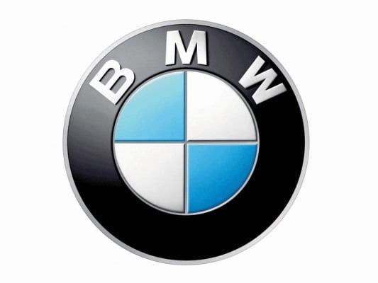 현재의 BMW 엠블럼. 하늘색과 흰색은 독일 바이에른 주의 문양에서 가져왔다. [사진=BMW 홈페이지]