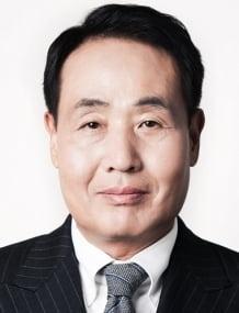 현대백화점그룹 사장에 김형종 현대리바트 대표이사가 내정됐다. (사진 = 현대백화점)