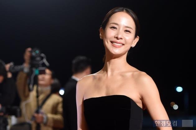 [포토] 조여정, '눈부신 미모 과시~' (제40회 청룡영화상)