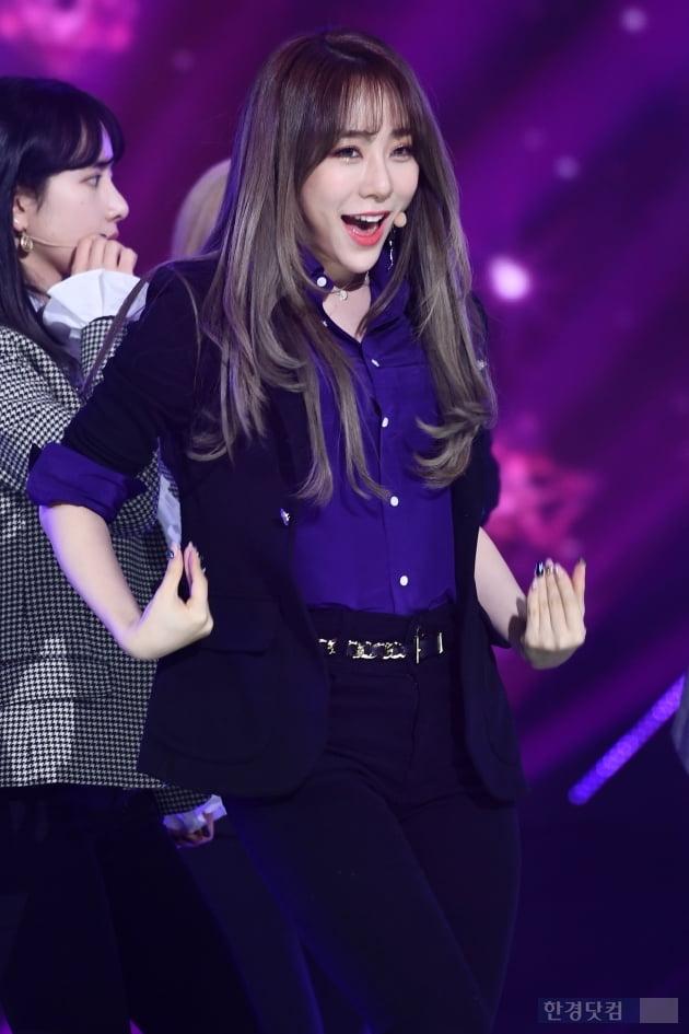 [포토] 우주소녀 연정, '환한 미소가 사랑스러워~'