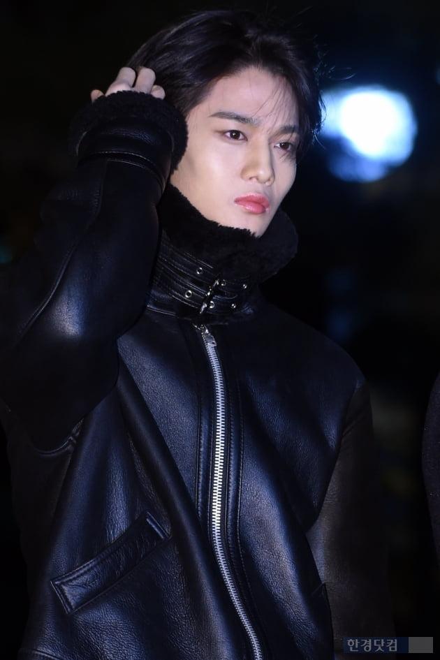 [포토] CIX 배진영, '멋지게 머리 넘기며~'