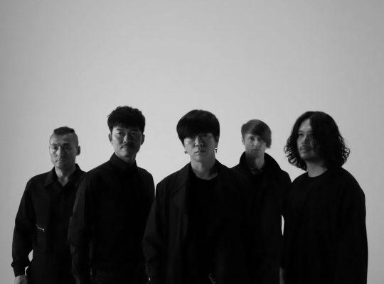 밴드 YB의 김진원(완쪽부터), 박태희, 윤도현, 스캇 할로웰, 허준. / 사진제공=디컴퍼니